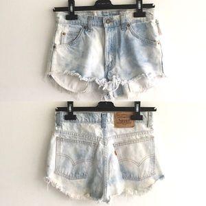LEVI's 619 Vintage Cut Off Denim Shorts 28